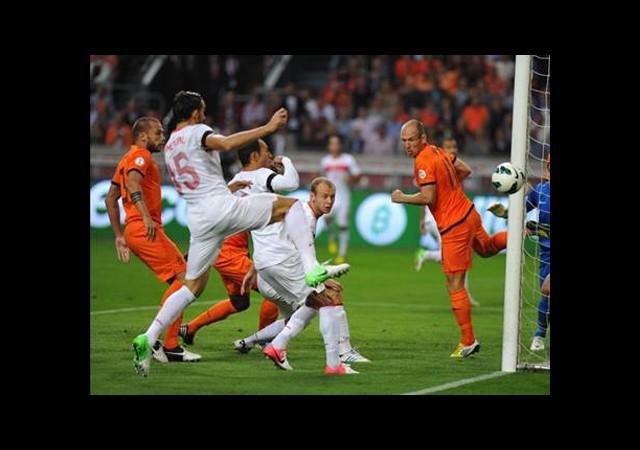 Türkiye-Hollanda Maçı Biletleri Satışta