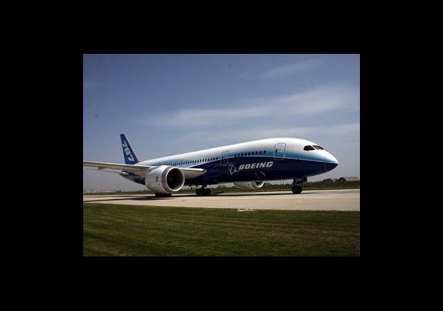 Boeing 787 Deneme Uçuşunda