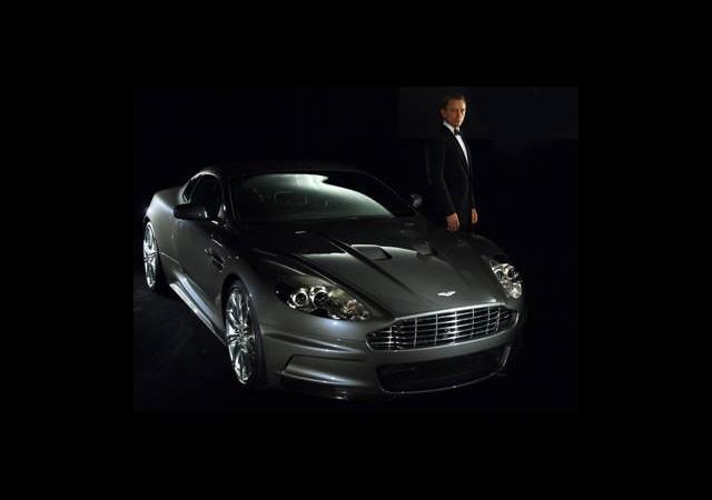 James Bond'un Arabası Çöp Olacak!