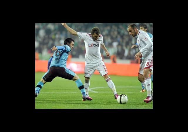 Bursaspor Evinde Sivasspor'a 1-0 Mağlup Oldu!