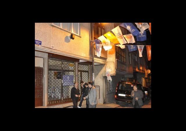 AK Parti Bürosuna Bombalı Saldırı!