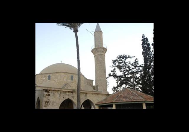 Camiyi Müze Yapmak İstiyorlar!