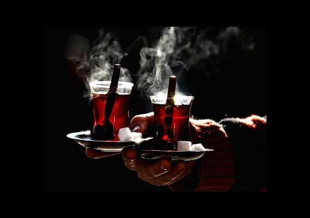Çay İçene Altın Bedava