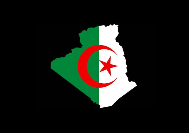 Cezayir Fransa'dan Özür Bekliyor