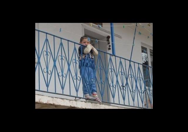 17 Aydır PKK'nin Kaçırdığı Babasını Bekliyor