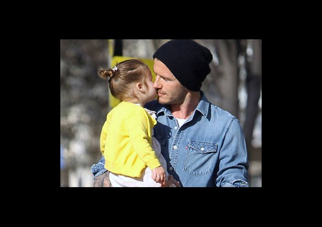 Babaya Harper Öpücüğü!