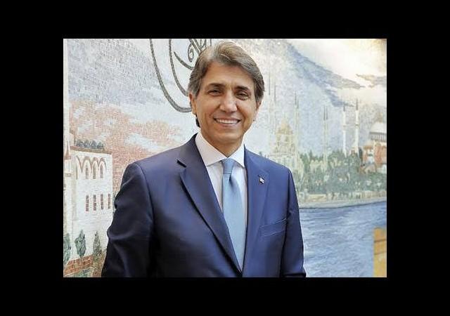 Türkiye'nin en sevilen ilçe belediye başkanı Mustafa Demir
