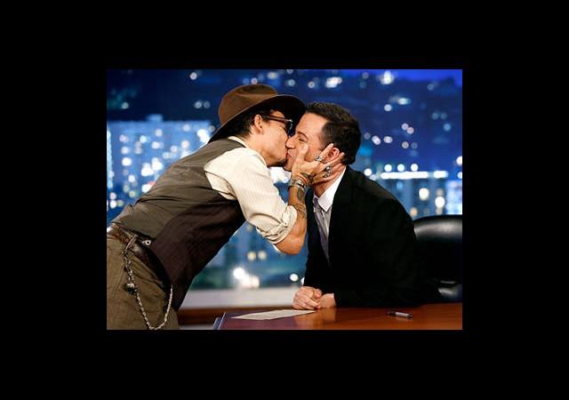 Johnny Depp'ten Şoke Eden Hareket!