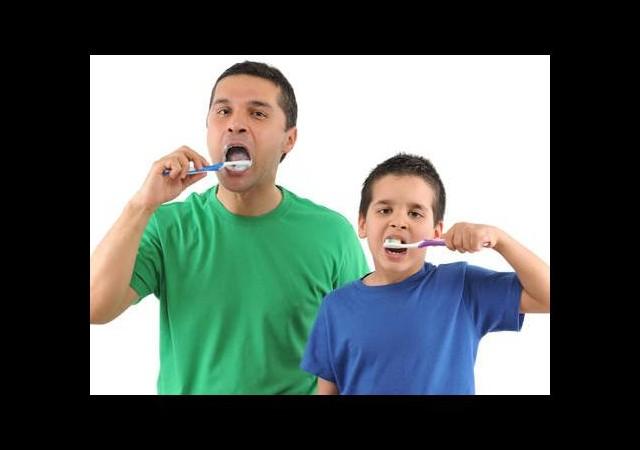 Sahurda diş fırçalamayı unutmayın