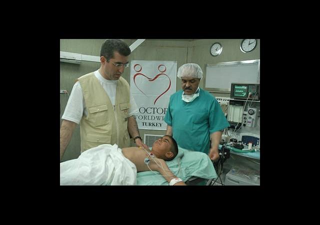 Gazze'ye Gönüllü Hekim Aranıyor
