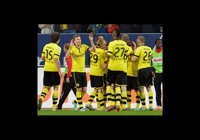 Dortmund İlk Yarıda Bitirdi