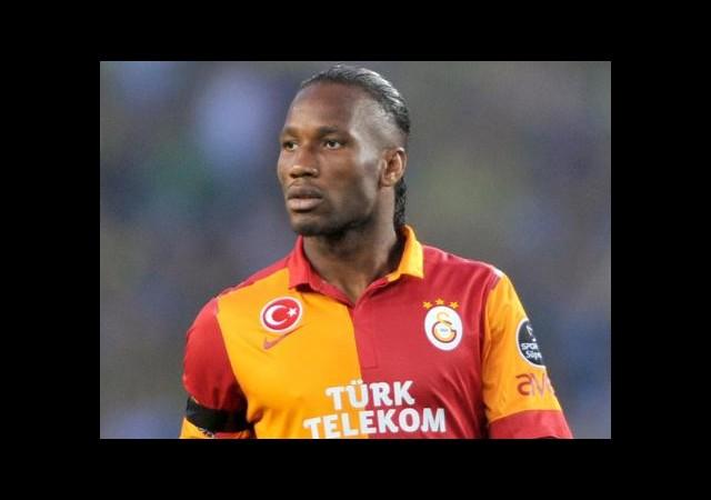 Galatasaray Drogba'yı Bırakmıyor!