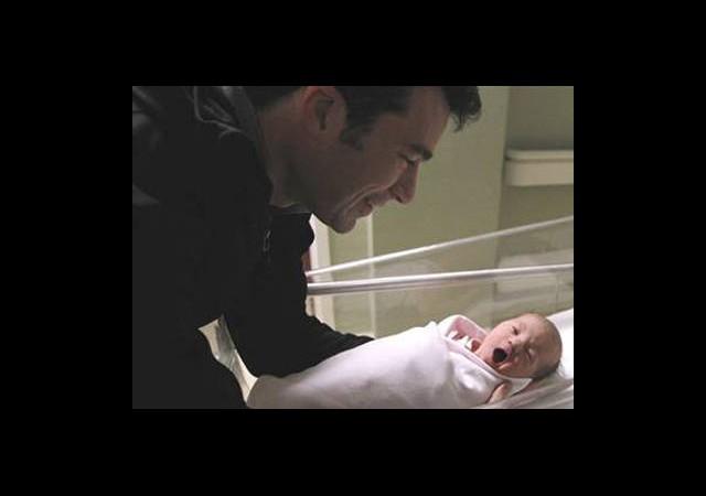 Sakin Bebeklerin Sırrı Babada