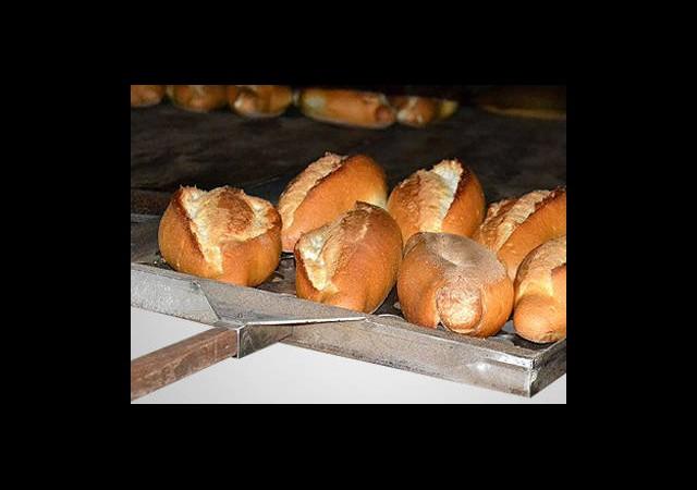 Bayat Ekmeğin İadesi İsrafı Artırır