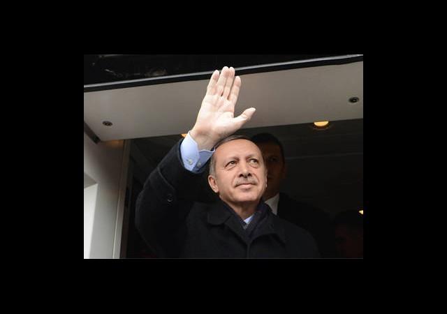 Erdoğan Havalimanında Halka Seslendi