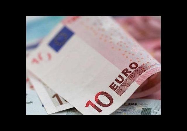 Euro çakıldı! Yunanistan kabusu...