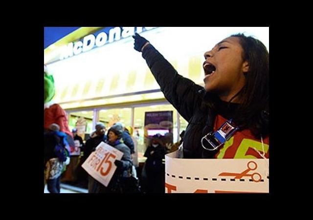 ABD'de Fast Food İşçilerinden Protesto