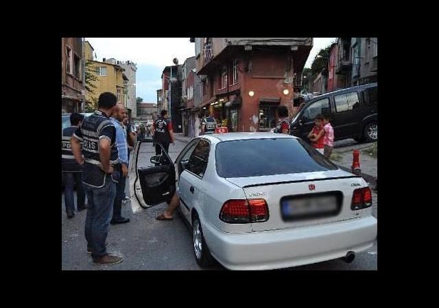 Fatih'te 30 gözaltı