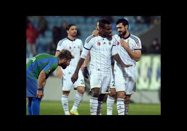 Fenerbahçe'de şok kavga! Yıldız futbolcular kapıştı...