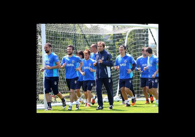 Fenerbahçe 5 Eksikle Çalıştı