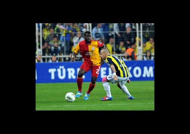 Galatasaray-Fenerbahçe Canlı Anlatım