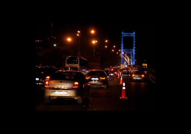 Sürücülerin Köprü Çilesi Devam Ediyor