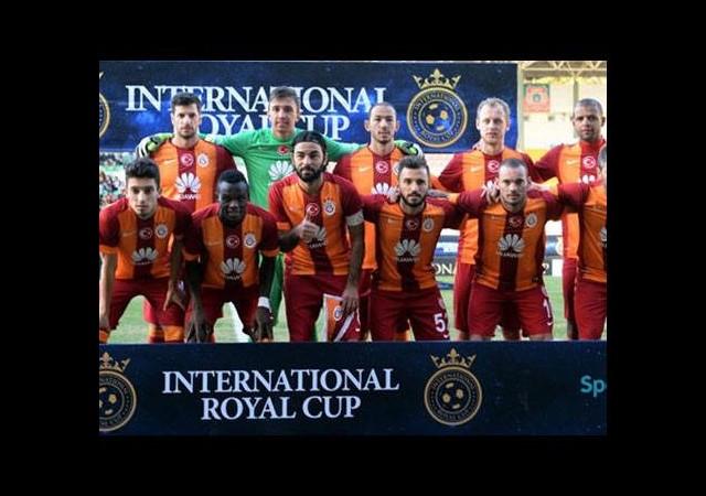 Galatasaray kafilesi İstanbul'da