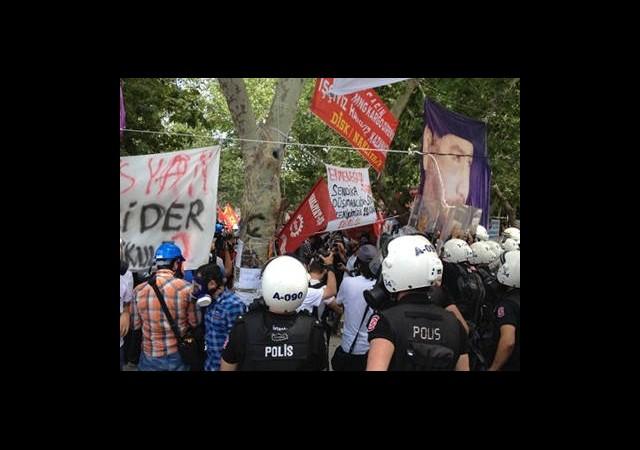 Polis Gezi Parkı'na Geldi, Sonra Taksim Meydanı'na Döndü