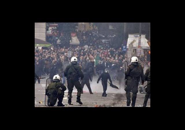 Suriye'de Gezi Protestosu!