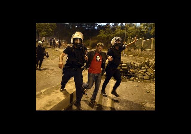 Protestolarda 27 Yabancı Uyruklu Gözaltına Alındı
