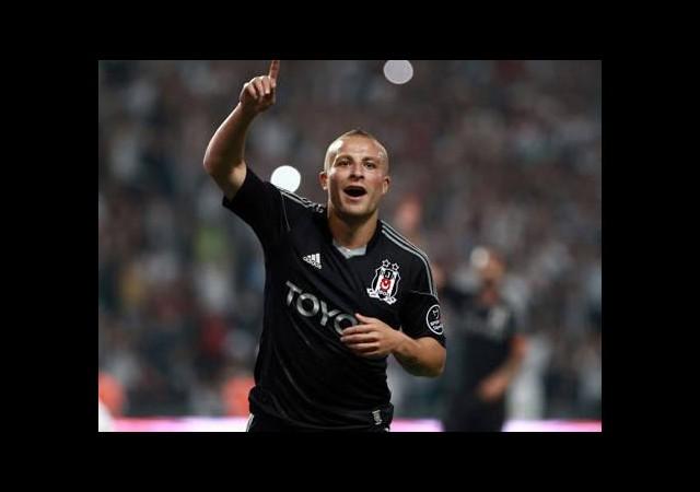 Beşiktaş borsaya bildirdi!