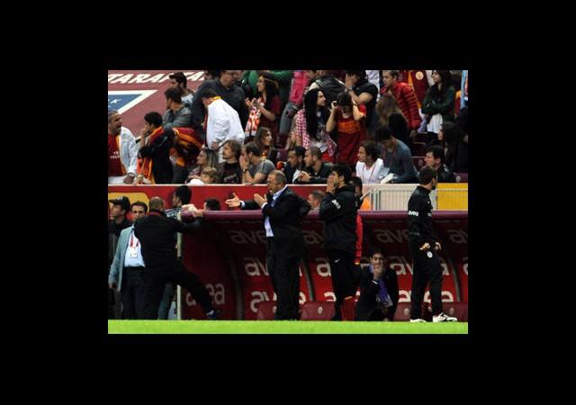 Galatasaray 3 Puandan Fazlasını Kaybetti