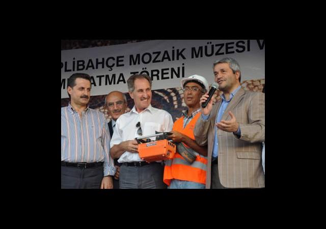 Türkiye'yi Ayağa Kaldırmaya Çalışıyoruz