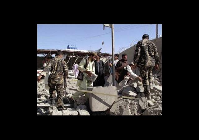 İntihar Saldırısı Düzenledi 37 Kişi Öldü