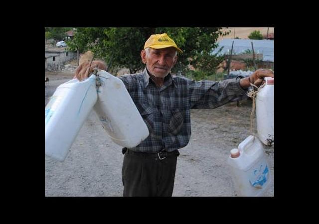 Susuz kalan köylüler oruç tutamadı