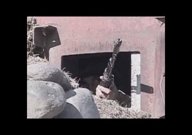 Sekiz Azeri askeri öldürüldü