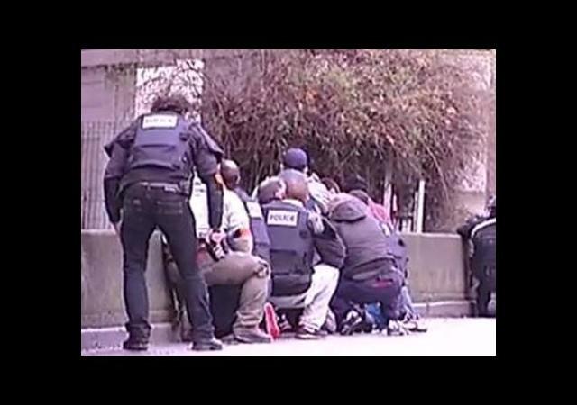 Paris'te rehine krizi: 2 kişi yaşamını yitirdi!