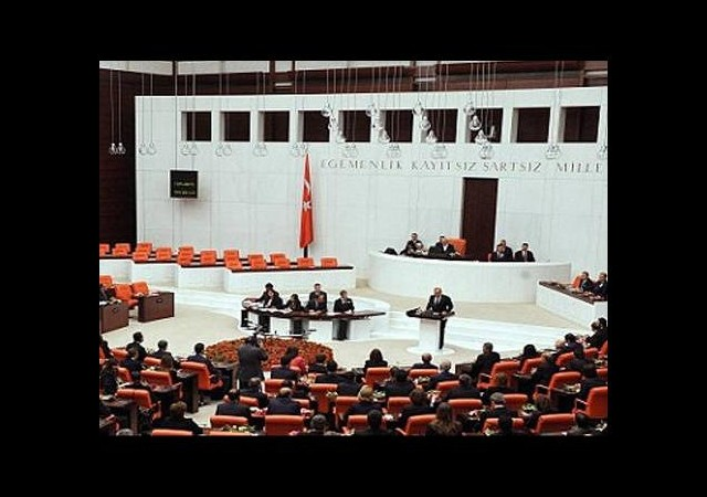 Meclis boşaltılıyor