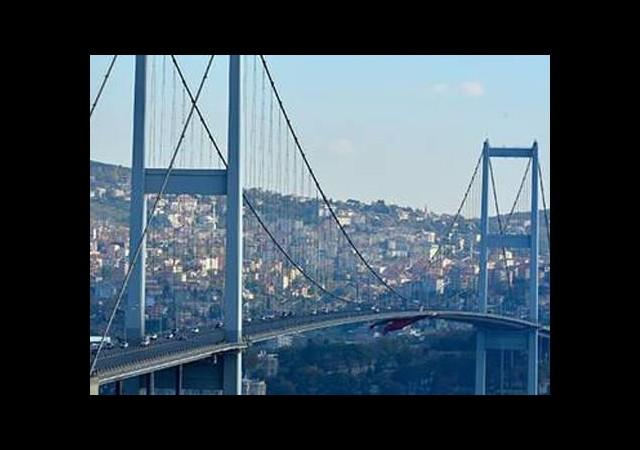 Köprüde bakım başladı