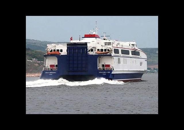 İstanbul'da deniz otobüsü seferi iptalleri