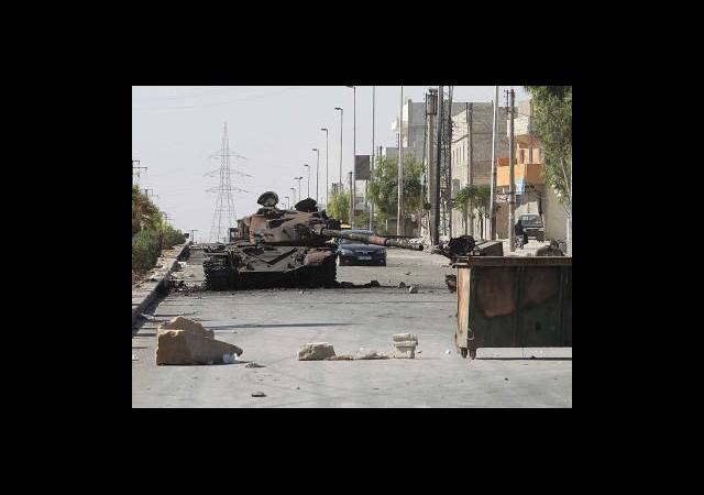 Halep'te Göğüs Göğüse Çatışmalar Yaşanıyor