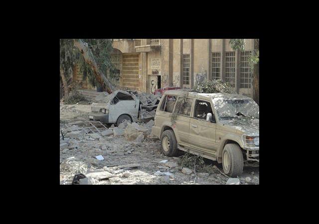 Halep Ağır Silahlarla Bombalanıyor