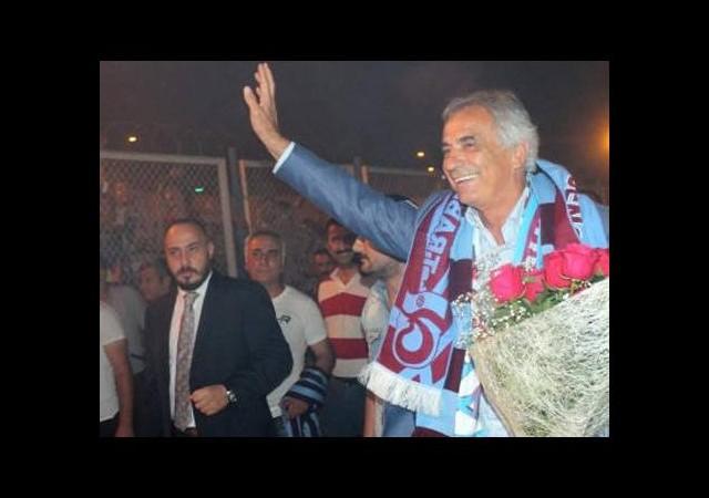 Halilhodzic'e Trabzon'da çoşkulu karşılama