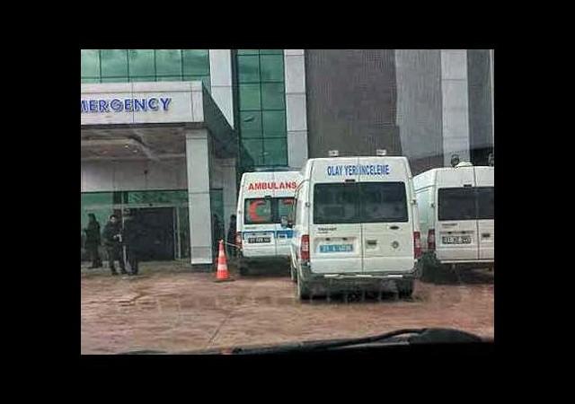 Hastaneye getirilen Suriyelinin cebinden öyle bir şey çıktı ki...