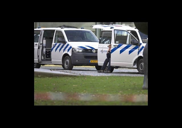Hollanda'da PKK Kampına Baskın: 55 Gözaltı!