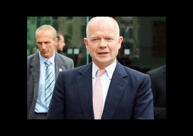 İngiltere Dışişleri Bakanı görevinden ayrıldı