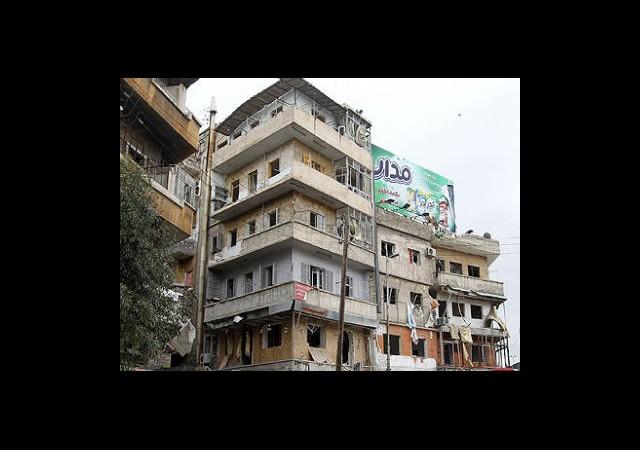 Humus'a Top Ateşi: 136 ölü