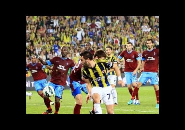 'F.Bahçe Maçında 4 Futbolcu İğneyle Oynadı'