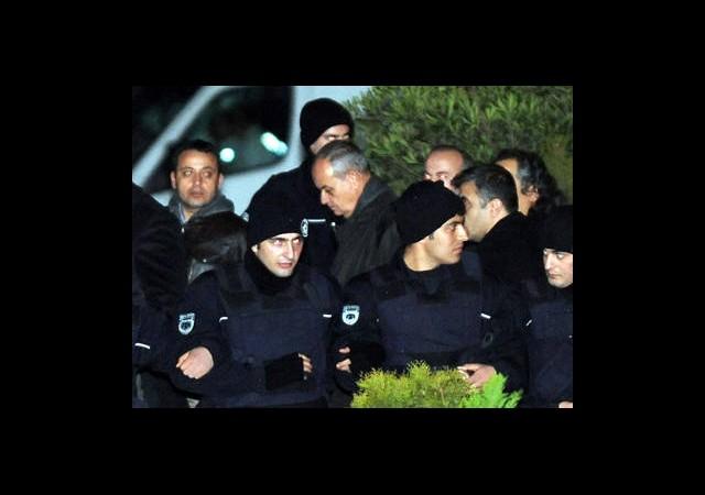 TSK ile PKK Karşı Karşıya Bırakılmıştır