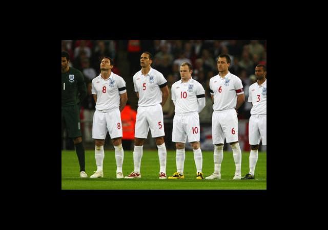İngiltere Kadroyu Açıkladı